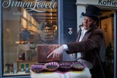 Simon Lévelt tijdens de Kerstmarkt in Haarlem